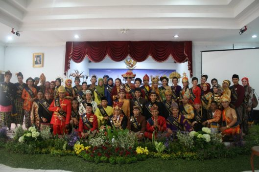 Seluruh Duta Bahasa Nasional tahun 2012